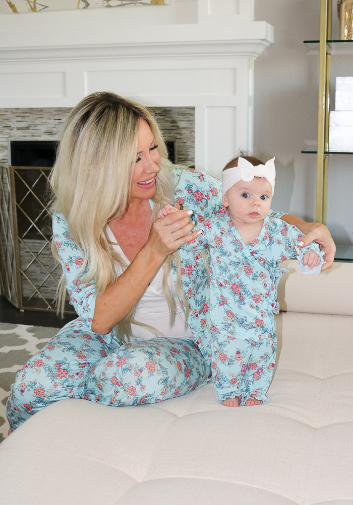 Live Love Blank Matching Mommy and Baby Pajamas with Everly Grey and Baby Grey Pjs Best jammies, twinning mommy and me matching momma and daughter baby girl clothes the best stripe and floral jammies everlygrey.com blanket head cap hat