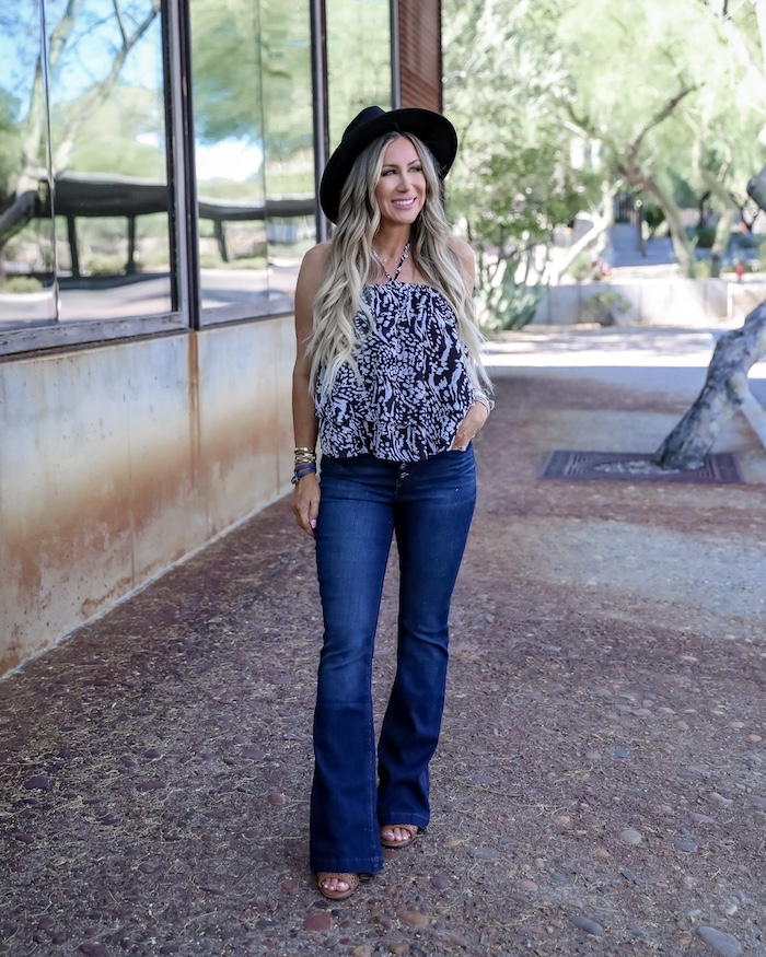 Walmart flare jeans for summer fall, Liveloveblank.com, Live Love Blank fashion blogger, Instagram Recap and OOTD week ending 4/26/19, style blogger, mom style, Scottsdale, Arizona, Outfit of the Day, OOTD