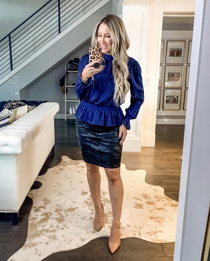 Fall Fashion look featured by top US fashion blog,  Live Love Blank