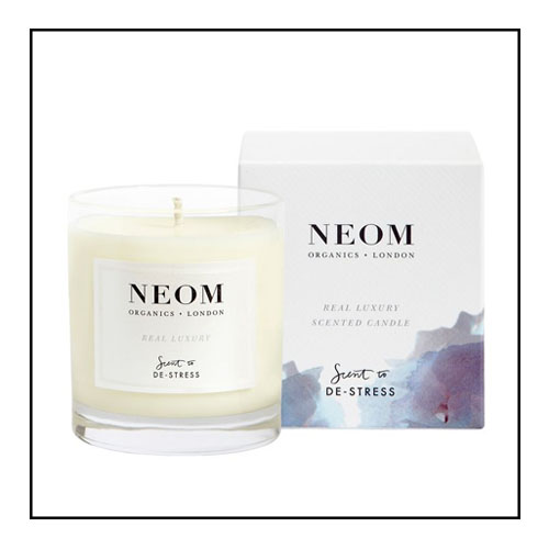 1. NEOM ORGANICS CANDLE - This gorgeous candle is hand poured using 100% natural vegetable wax. This de-stress sent contains lavender, jasmine and 21 other essential oils. This candle is basically an invitation to relax and unwind. Shop: NEOM Organics Candle