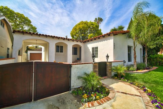 5421 Keniston Ave. Los Angeles, CA 90043   SOLD- $840,000
