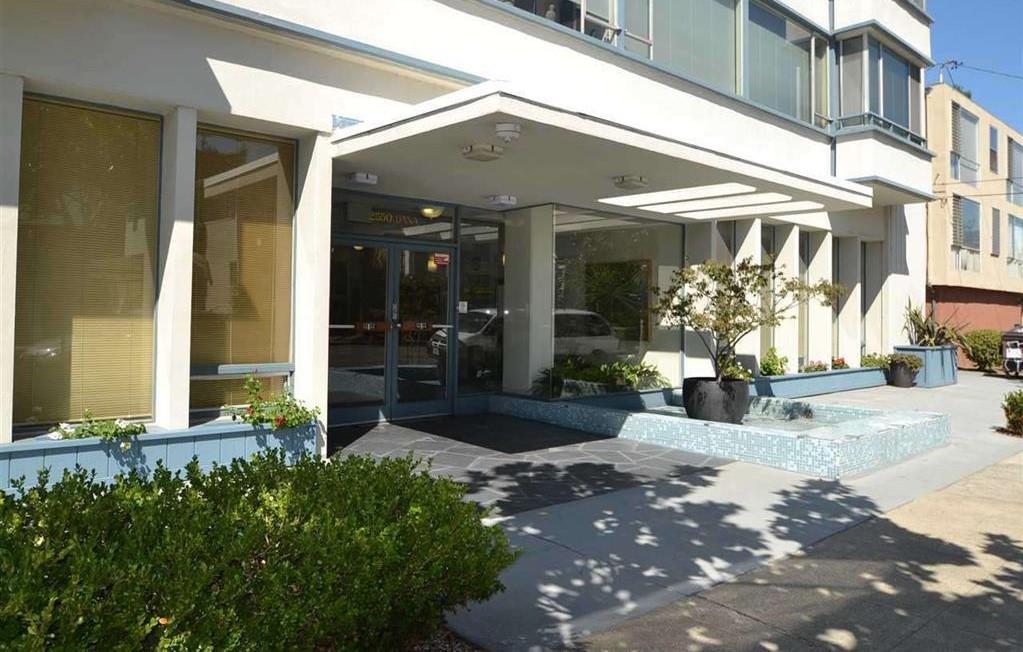 2550 Dana St #2C, Berkeley, CA 94704