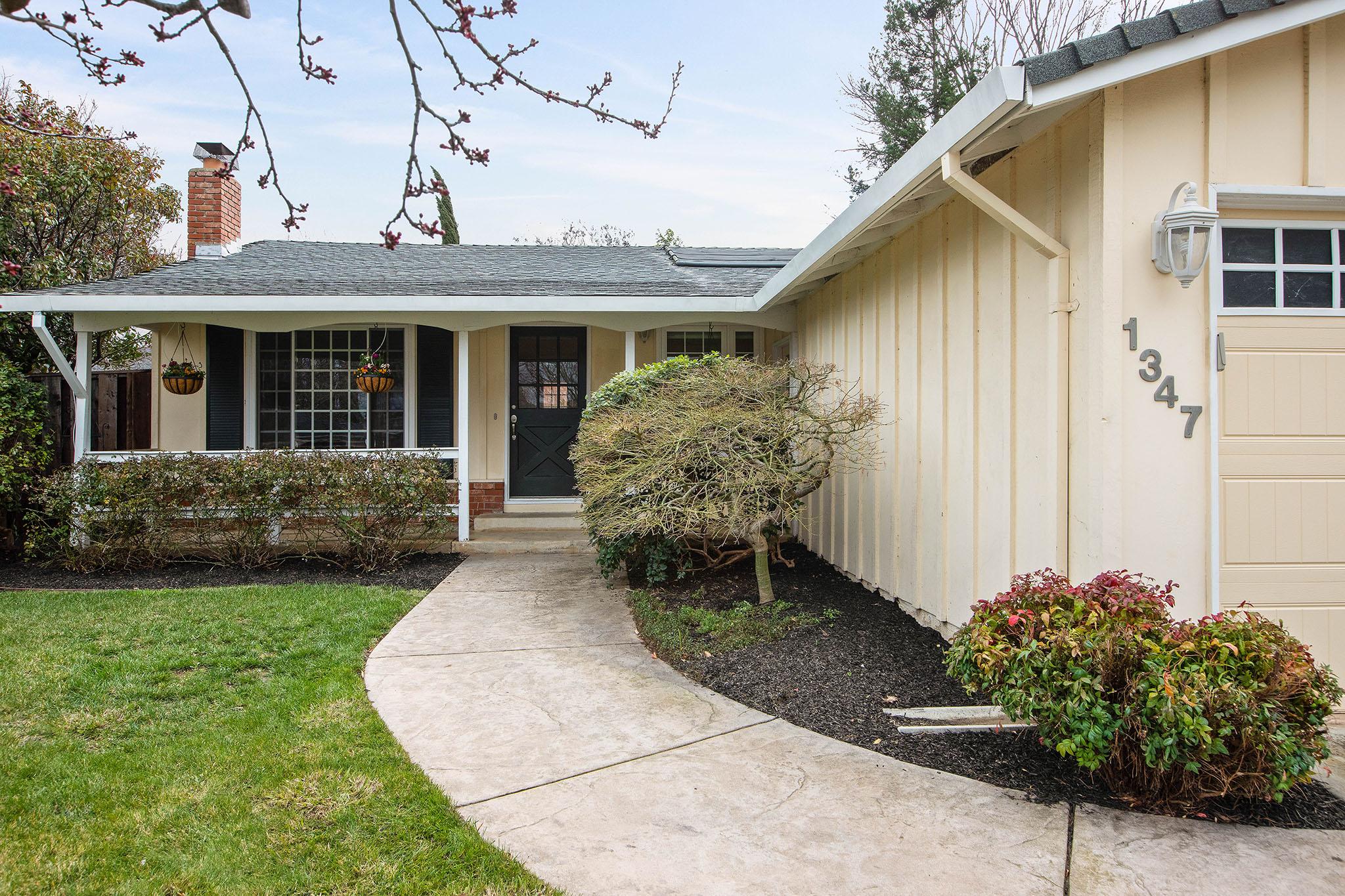 1347 Vermont Ave, Concord, CA 94521