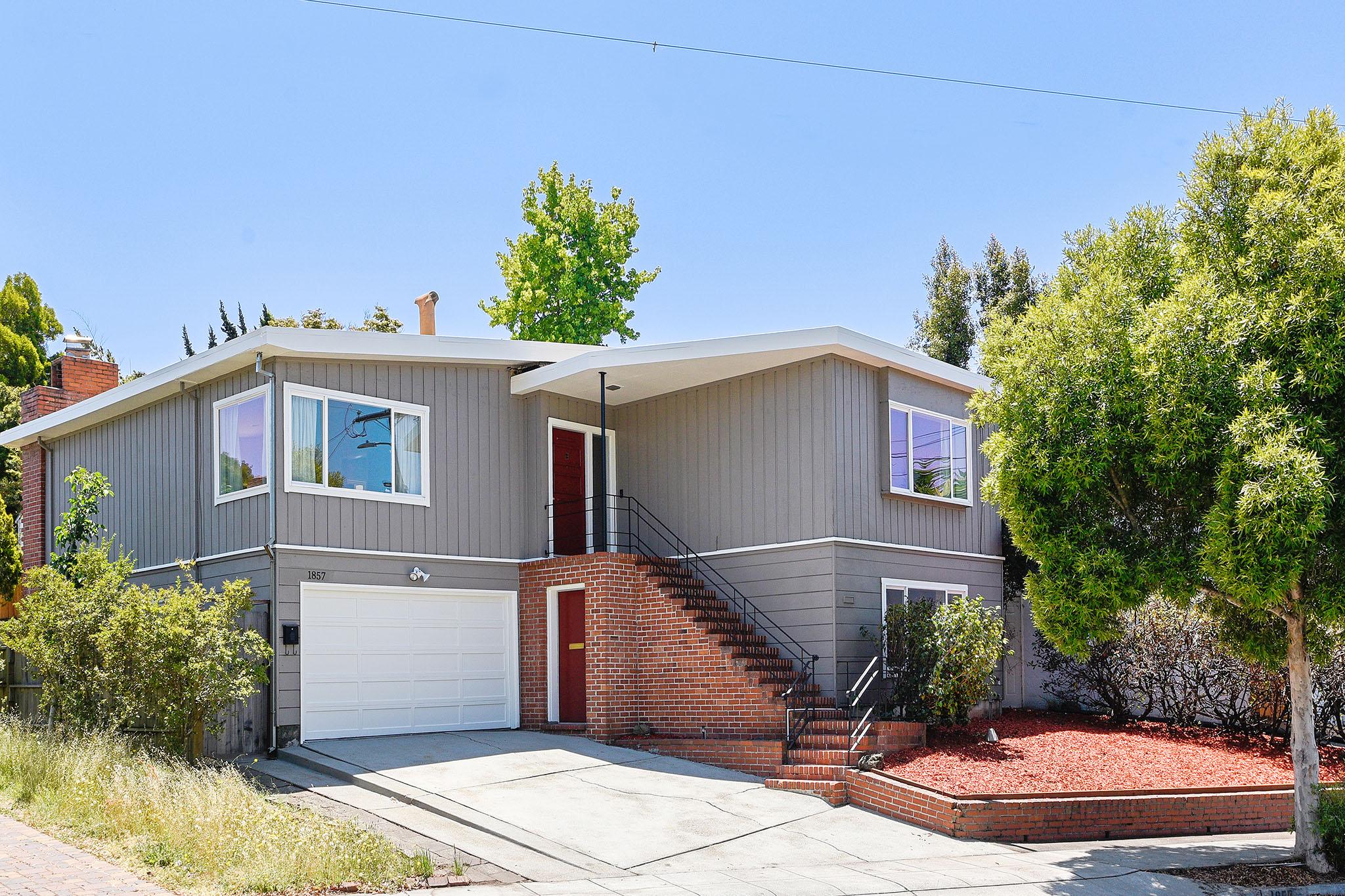 1857 Carlson Blvd, Richmond, CA 94804