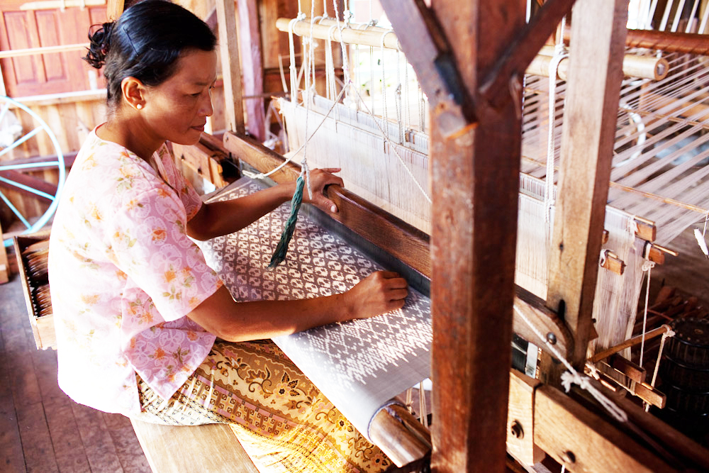 Skillfully produced tradtional textiles at Pomelo for Myanmar, Yangon. Fair trade crafts shop.