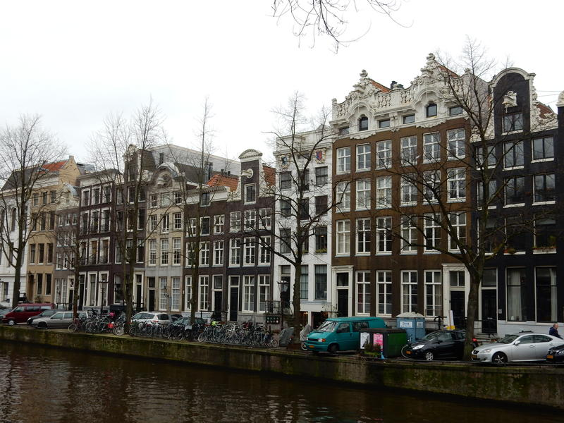 MARCH   The Netherlands  - HelpMeSee expands into Europe with  our Amsterdam office