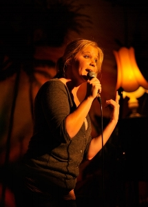 Amy Schumer at The Comedy Lounge