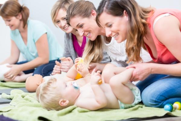 New parents connect