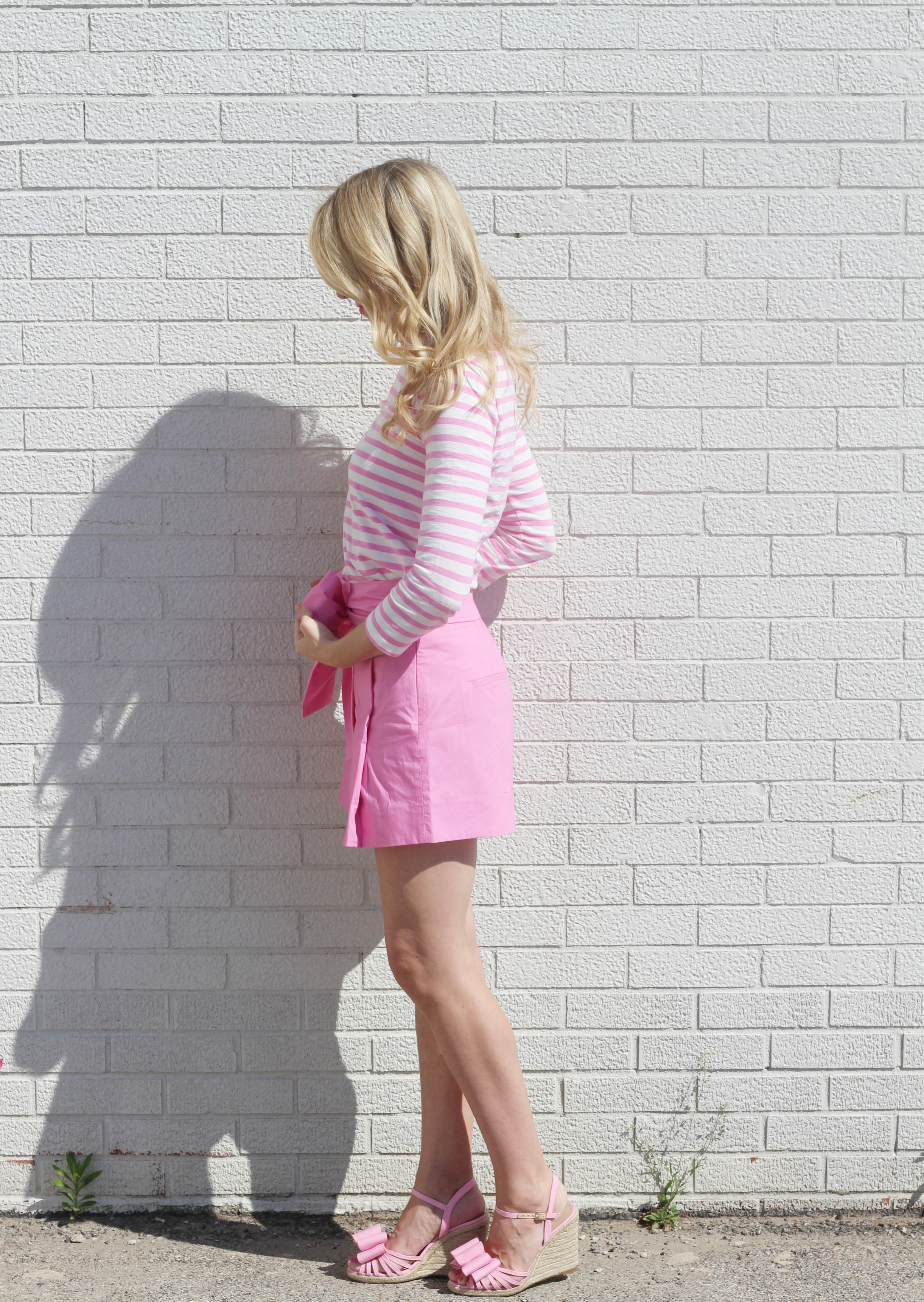 Pink Outfit, striped shirt and bow shorts