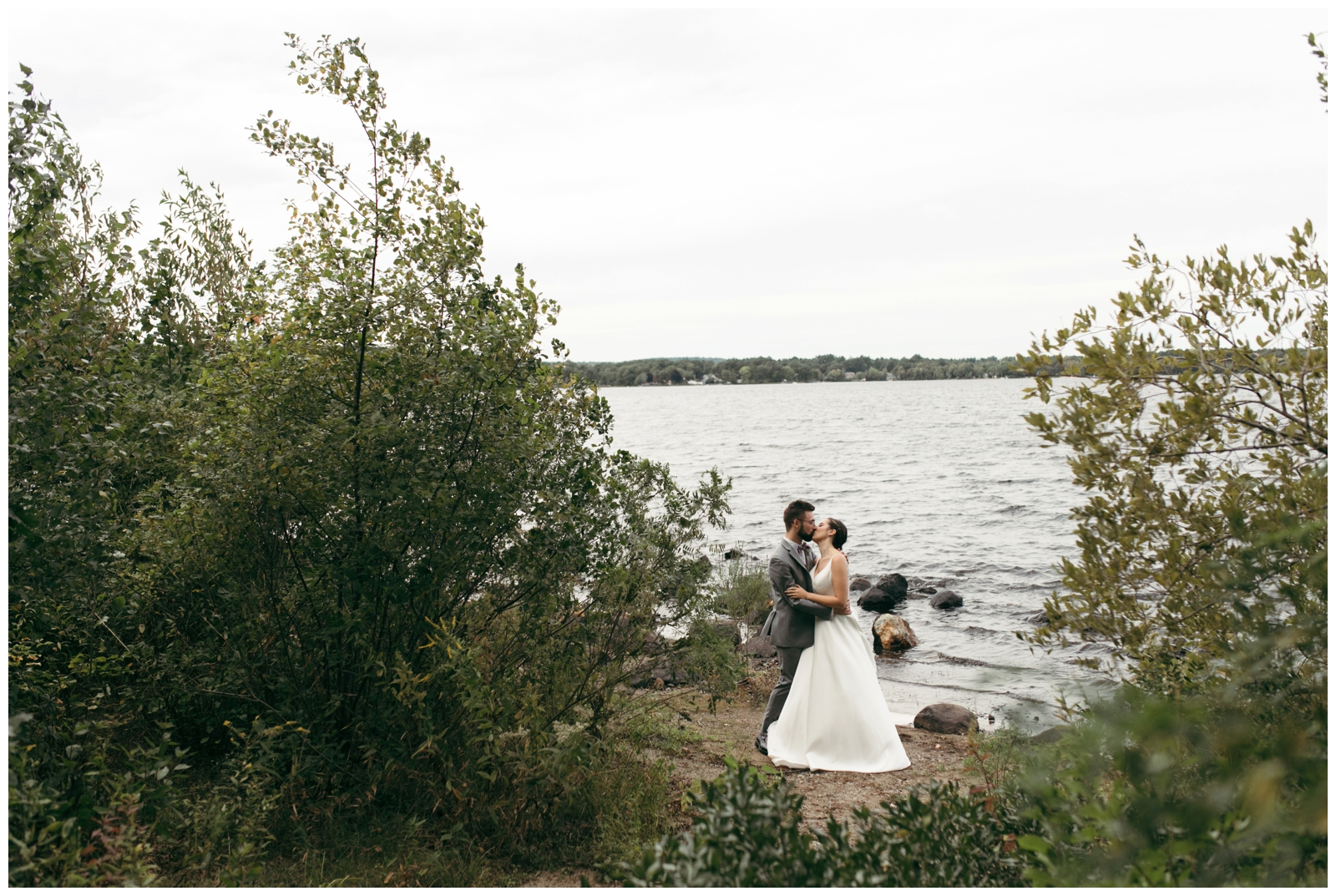 Massachusetts-Lake-Wedding-Bailey-Q-Photo-Boston-Wedding-Photographer-017.jpg