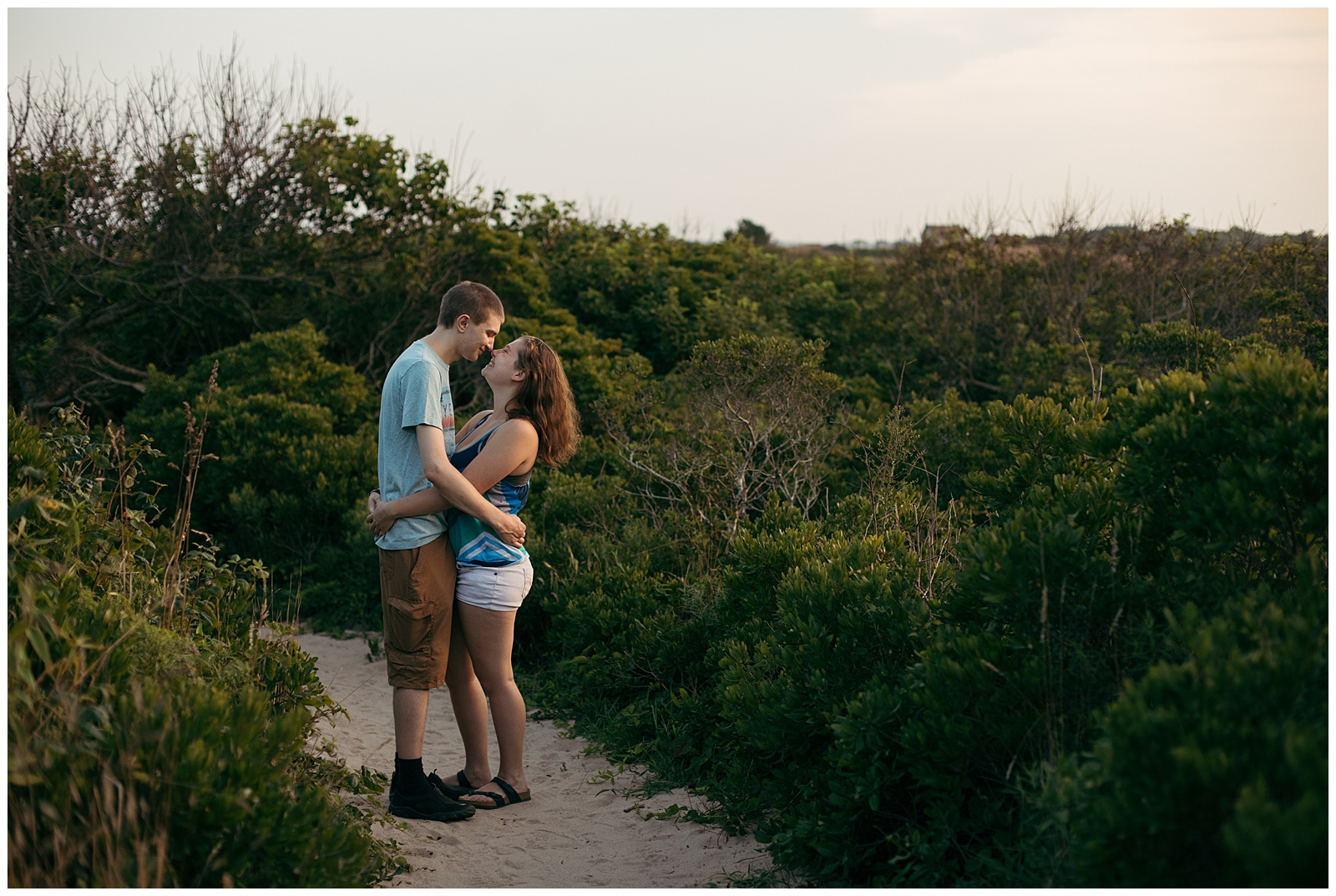 Block-Island-Engagement-Session-Bailey-Q-Photo-Boston-Wedding-Photographer-009.jpg