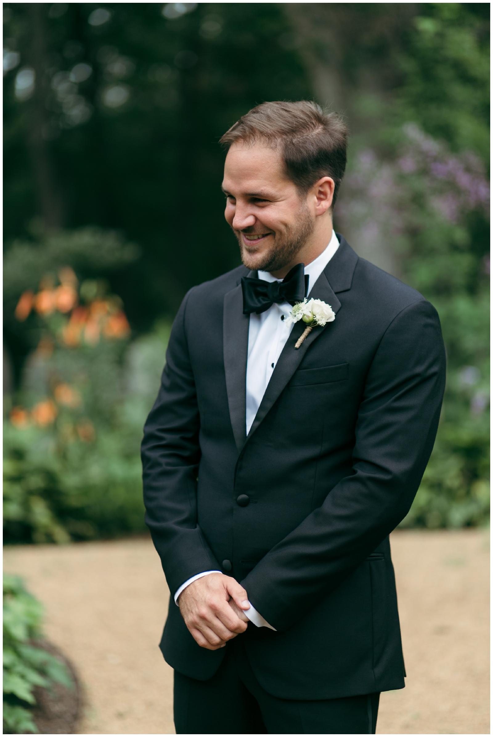 Moraine-Farm-wedding-Bailey-Q-Photo-Massachusetts-wedding-photpgrapher-015.jpg