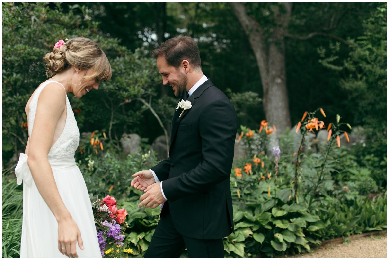 Moraine-Farm-wedding-Bailey-Q-Photo-Massachusetts-wedding-photpgrapher-019.jpg