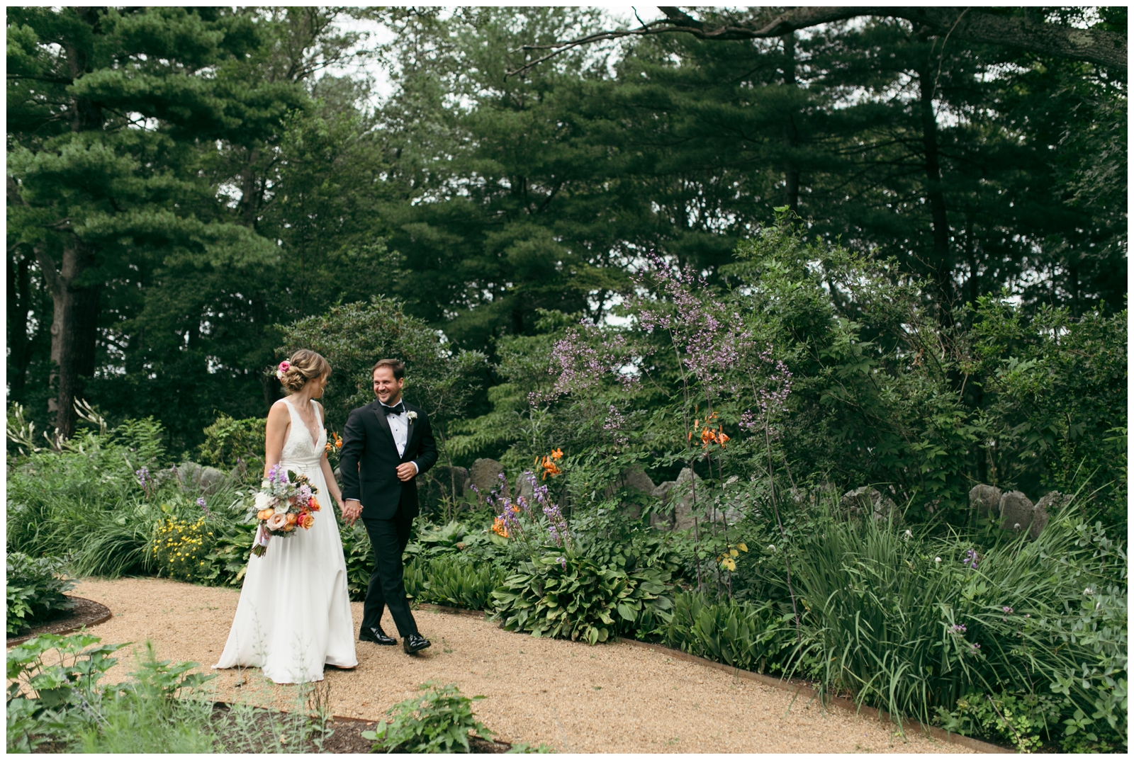 Moraine-Farm-wedding-Bailey-Q-Photo-Massachusetts-wedding-photpgrapher-023.jpg