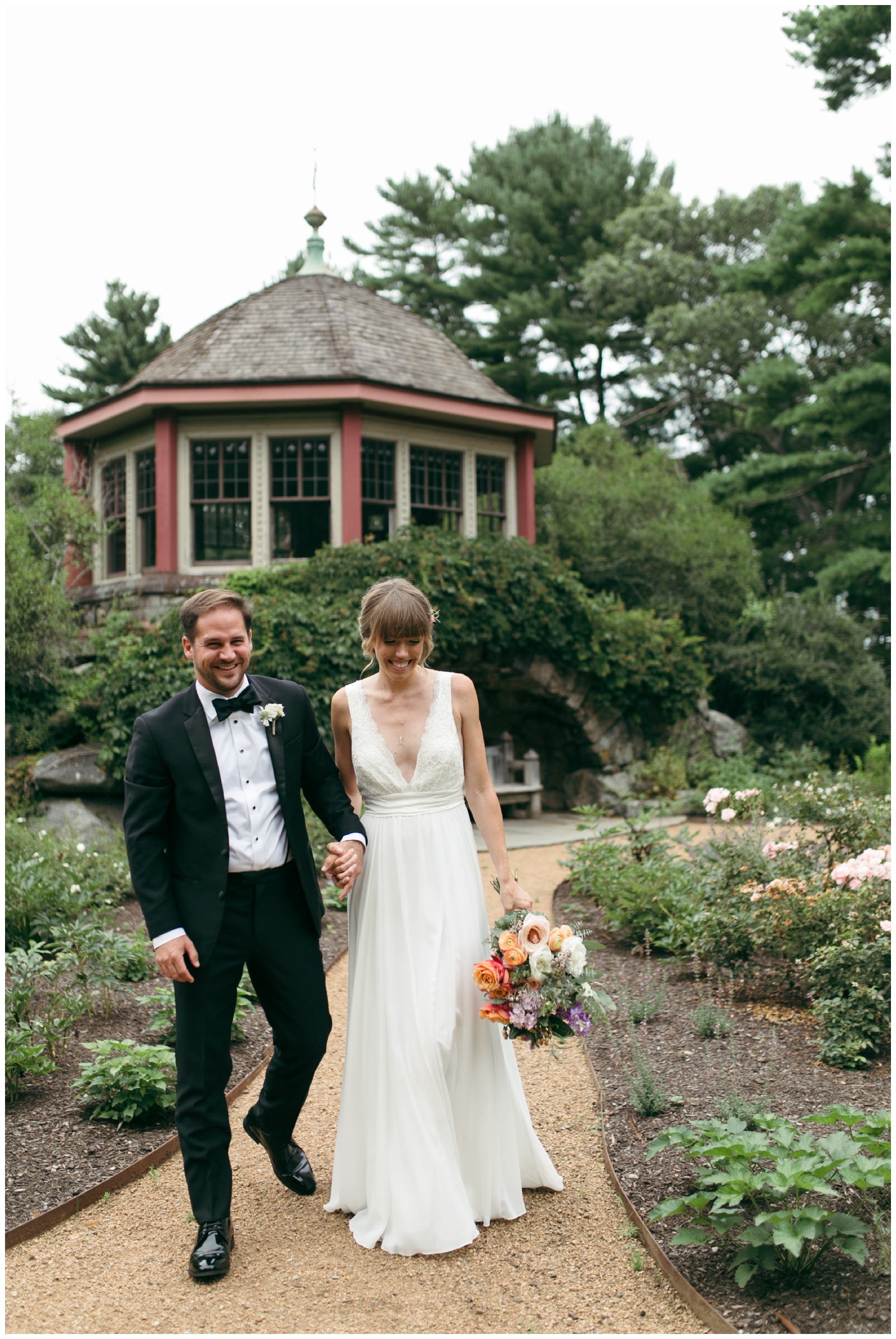 Moraine-Farm-wedding-Bailey-Q-Photo-Massachusetts-wedding-photpgrapher-026.jpg