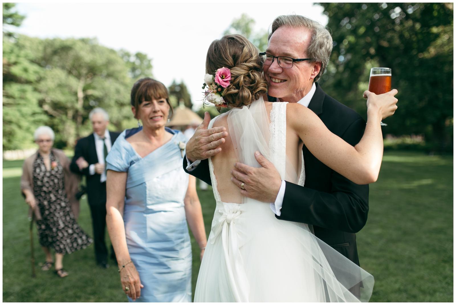 Moraine-Farm-wedding-Bailey-Q-Photo-Massachusetts-wedding-photpgrapher-078.jpg