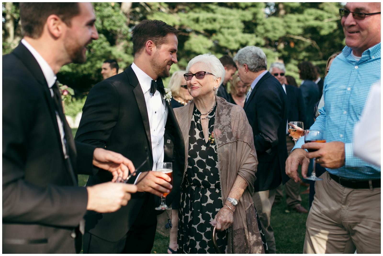 Moraine-Farm-wedding-Bailey-Q-Photo-Massachusetts-wedding-photpgrapher-080.jpg