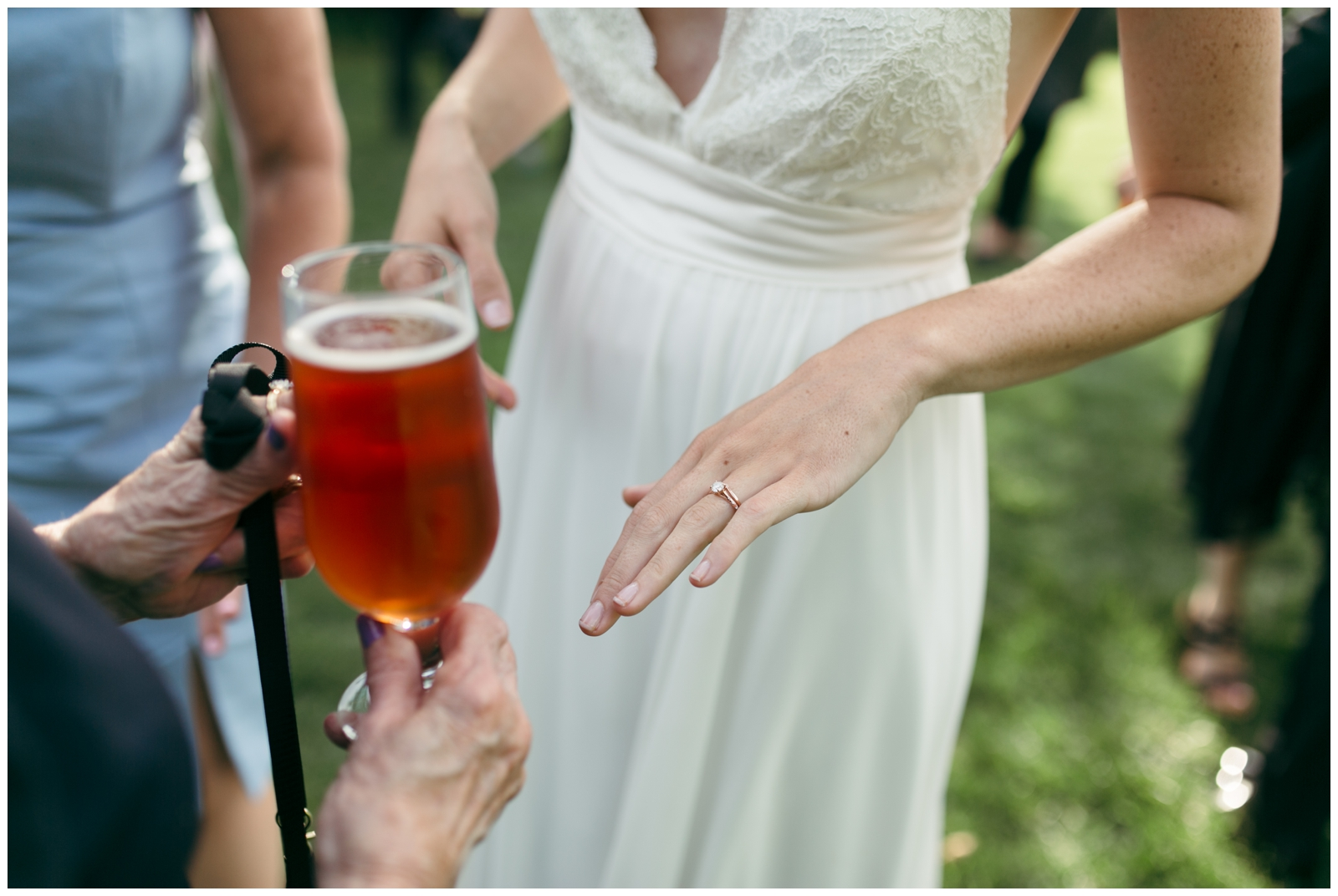 Moraine-Farm-wedding-Bailey-Q-Photo-Massachusetts-wedding-photpgrapher-082.jpg