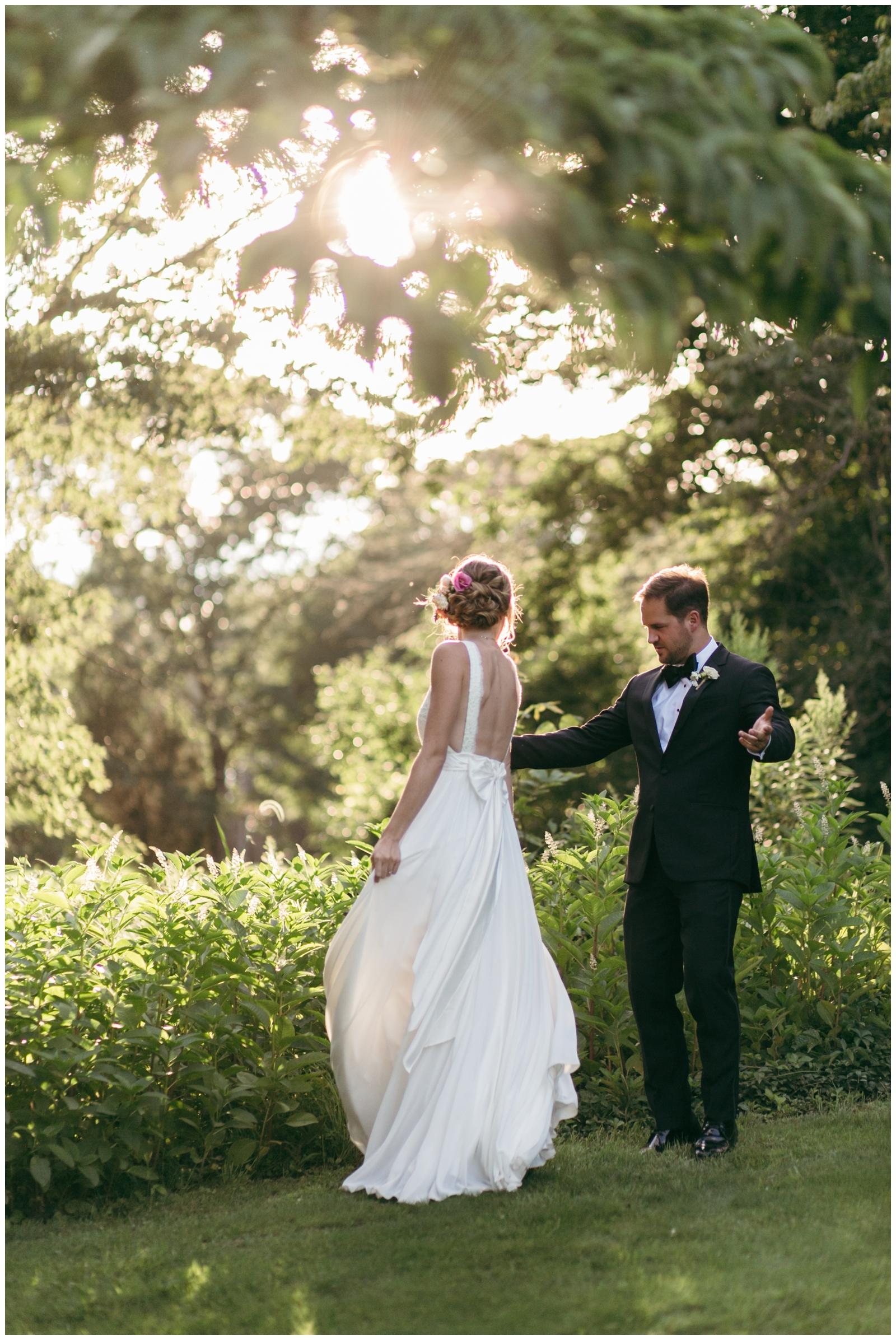 Moraine-Farm-wedding-Bailey-Q-Photo-Massachusetts-wedding-photpgrapher-107.jpg