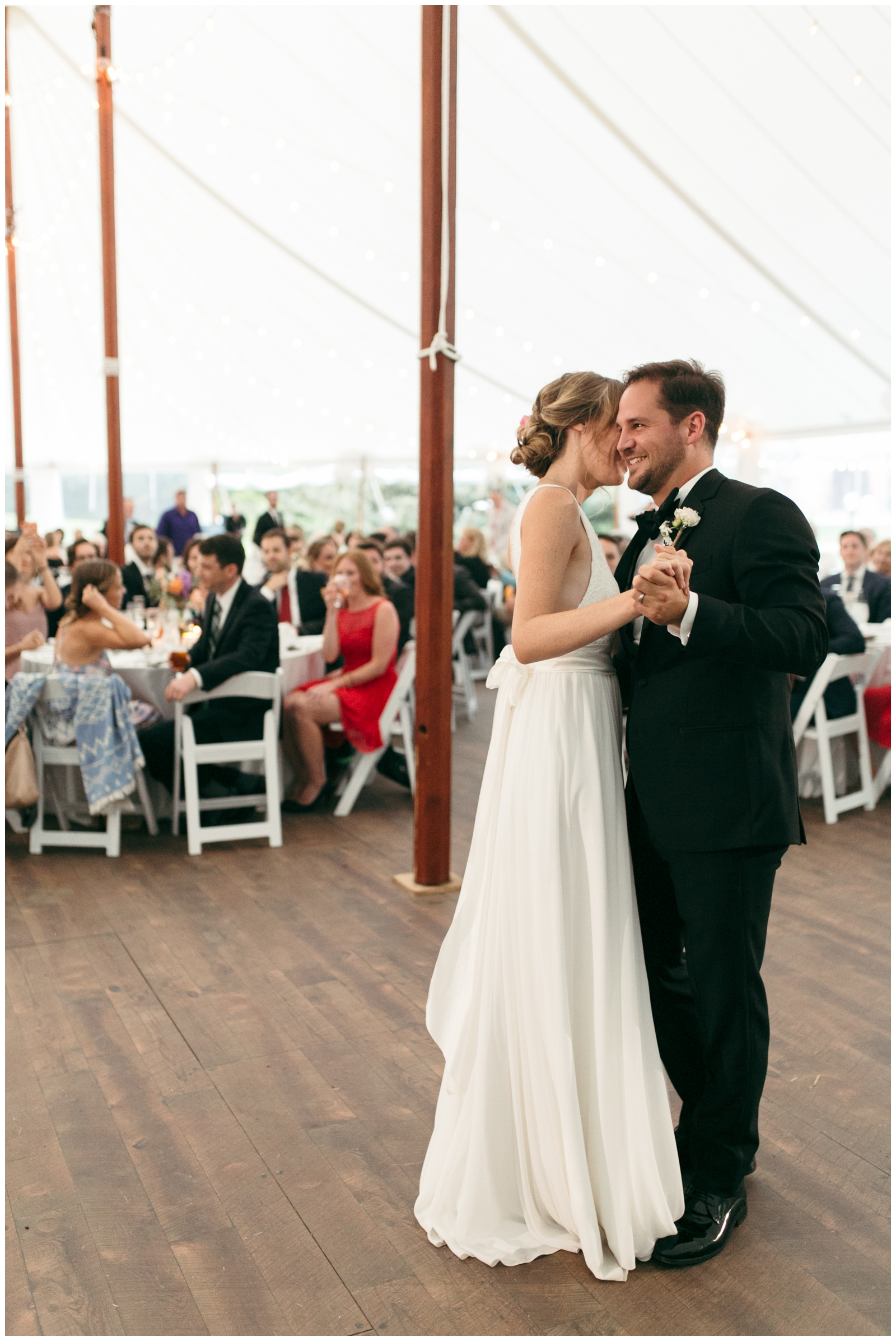Moraine-Farm-wedding-Bailey-Q-Photo-Massachusetts-wedding-photpgrapher-116.jpg