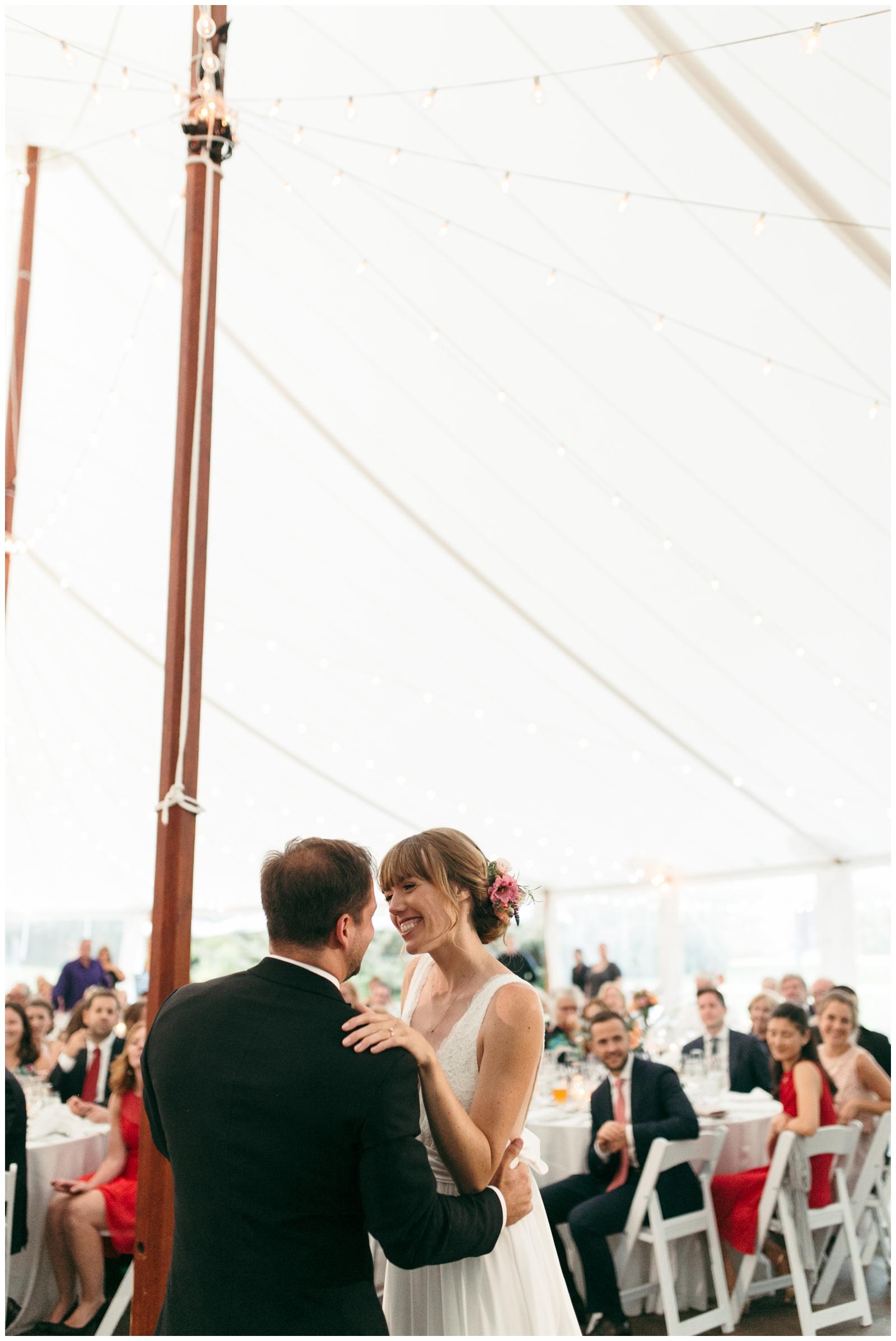 Moraine-Farm-wedding-Bailey-Q-Photo-Massachusetts-wedding-photpgrapher-119.jpg
