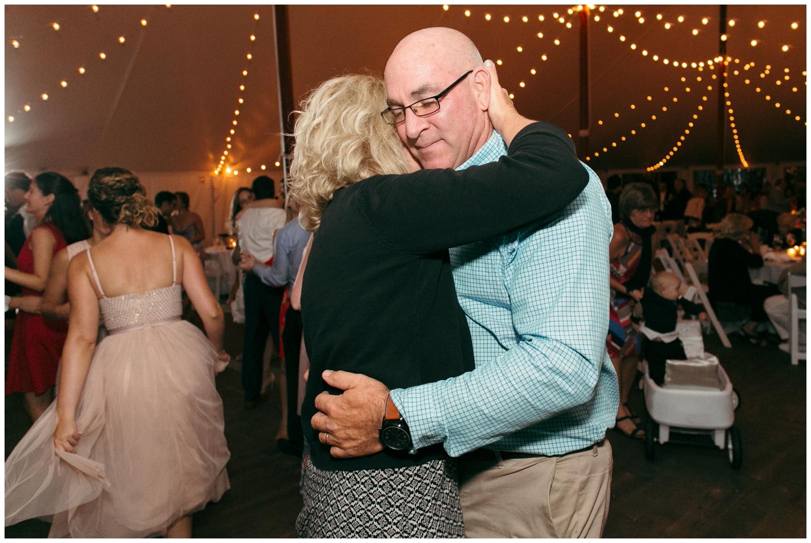 Moraine-Farm-wedding-Bailey-Q-Photo-Massachusetts-wedding-photpgrapher-146.jpg