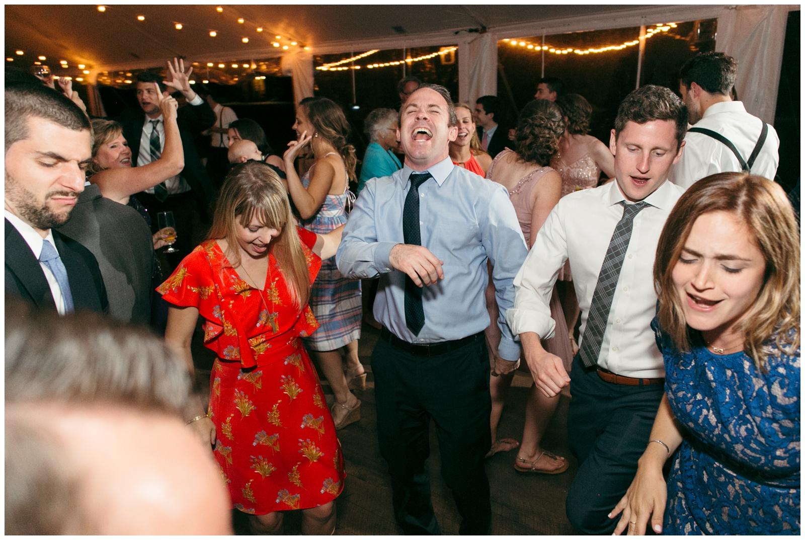 Moraine-Farm-wedding-Bailey-Q-Photo-Massachusetts-wedding-photpgrapher-160.jpg