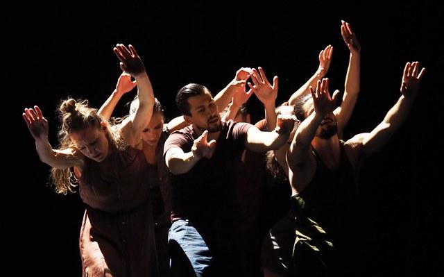 Kha_-_Gentian_Doda_-_Scapino_Ballet_-_Foto_Hans_Gerritsen_web.jpg