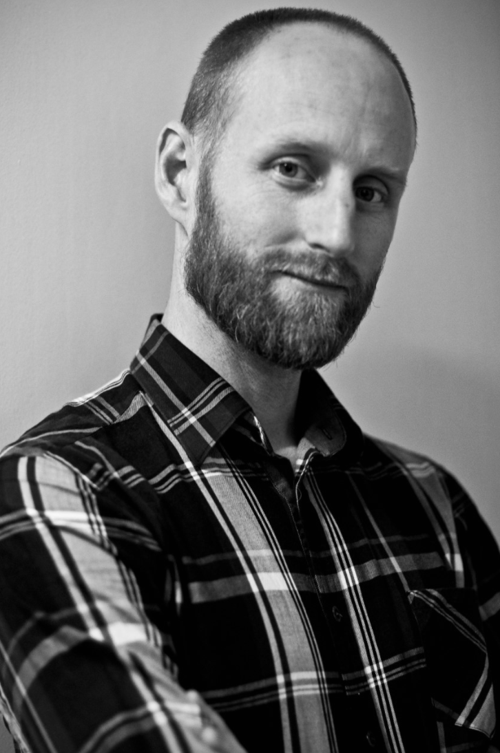 """Born in Geneva, Switzerland. He completes his dancing studies in the """" L'Ecole de Danse de Genève""""  then in the  Ballet Junior , where he acquired his first performing experiences, being both groups under the direction of Beatriz Consuelo. In 1994 he joins choreographer Richard Wherlock's  Hagen Ballet  with whom he closely works as soloist in the  Luzerner Ballet, Komische Oper Berlin  and  Ballet Basel  companies. In 2002 he joins the  Compañía Nacional de Danza , directed by Nacho Duato. In 2008 he takes the role of rehearsel director of the  Compañía Nacional de Danza 2 , also directed by Duato and Tony Favre. The following year he codirects the company with Hervé Palito. Throughout his career he has taught choreography workshops and master classes worldwide. Since 2011 he is producer and working as an international guest teacher, giving choreographical workshops of Duato's repertoire, and combining it with dancing projects. Beside his work as a coach and dancer, he is involved in different production projects, such as the International Gala Somos Arte in Valencia."""