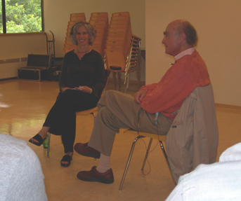 Eva interviewing Erv Polster at the AAGT  International Conference, Vancouver, BC, 2006