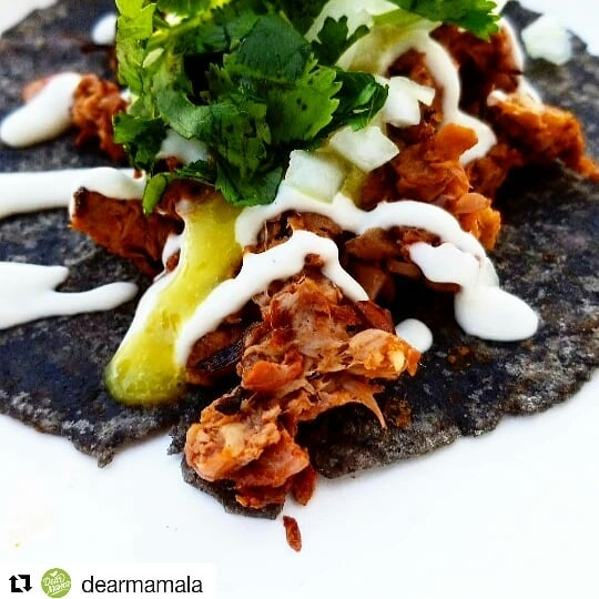 #headsup  #streetstopapp  #thestreetstop  #foodtrucklife  #lafoodtrucks  #LAeats  #streetfood  #orderahead  #skiptheline  #freeapp  #linkinbio . #Repost @dearmamala (@get_repost) ・・・ Have you had our Asada Tacos?  Come by tonight where you can enjoy this and our Birria tacos🌮 plus our exquisite  Esquites 🌽  Nachos🧀  Tortas 🥖  Lets us know What  your favorite menu item is below in the comments! ⤵️ FRIDAY @sarasmarket 6-10pm  SATURDAY @eastsidecafela 420🔥 event 3-8pm