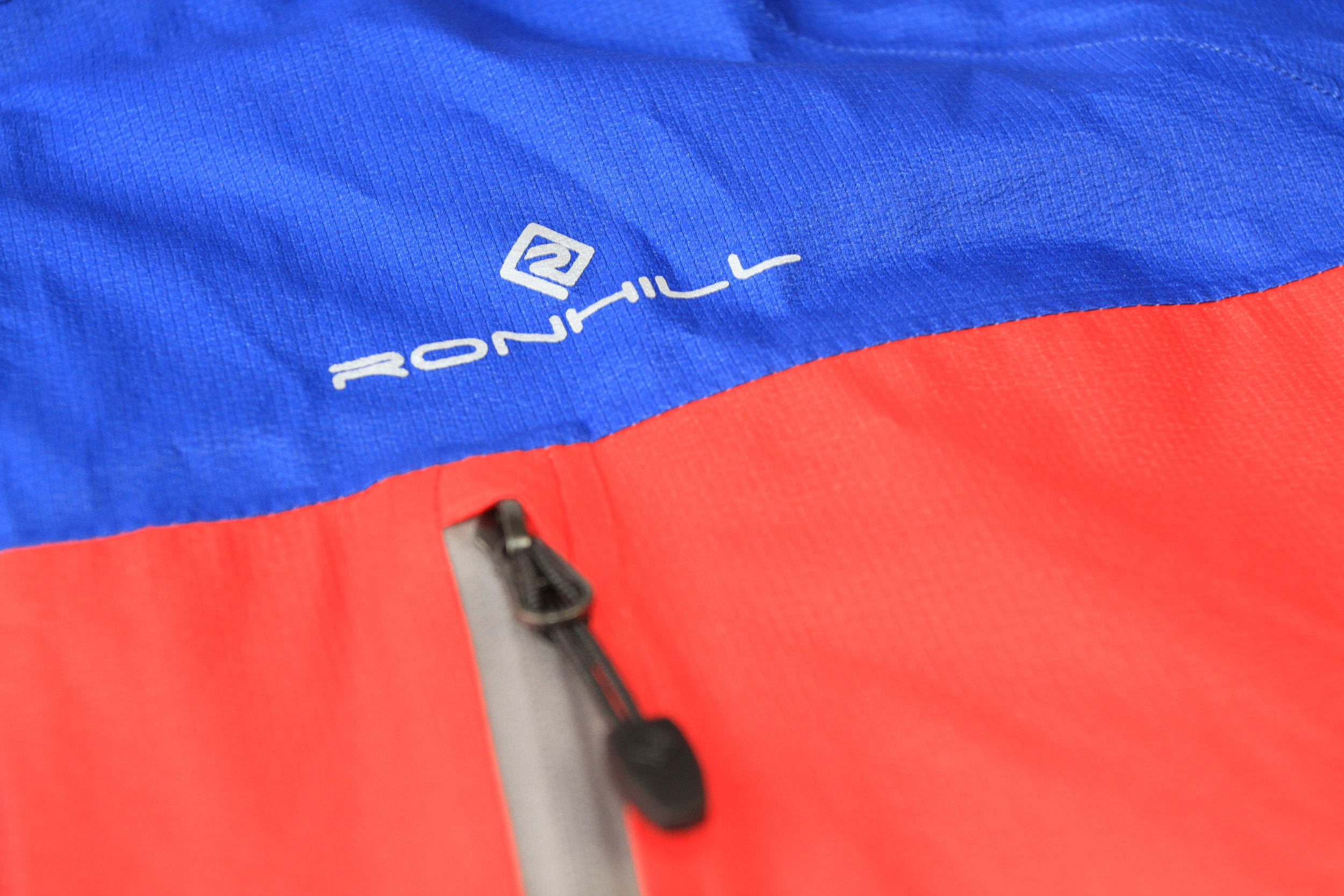 Ronhill Infinity Torrent Jacket-5.JPG