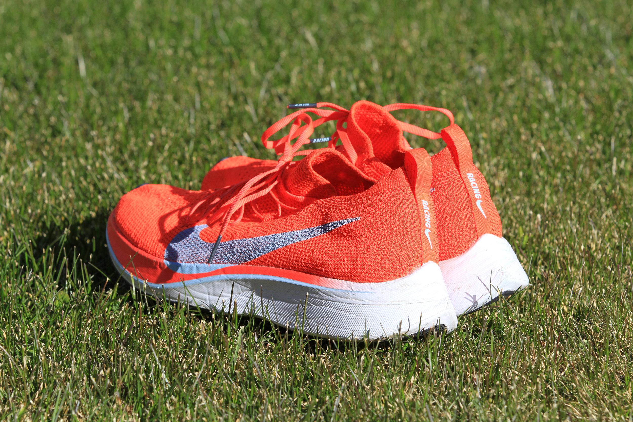 Nike Vaporfly 4% Flyknit-2.jpg