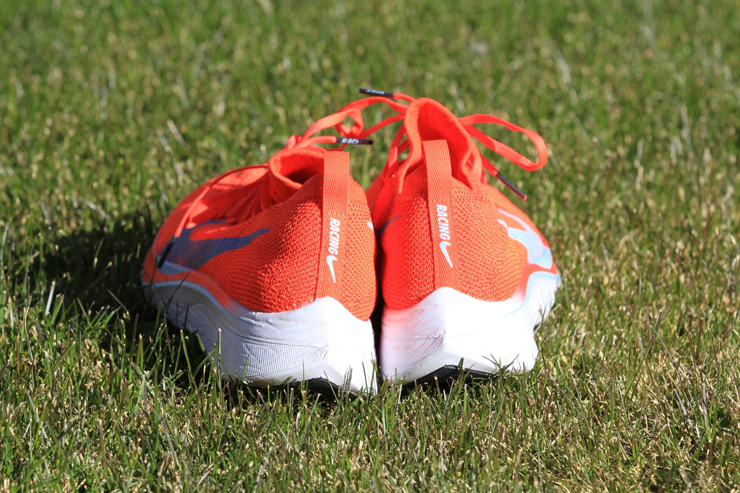 Nike Vaporfly 4% Flyknit-3.jpg