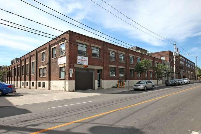 115326 Carlaw Ave Toronto ON-small-001-3-Exterior-666x444-72dpi.jpg