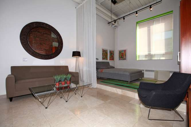 115326 Carlaw Ave Toronto ON-small-003-2-Living Room-666x444-72dpi.jpg