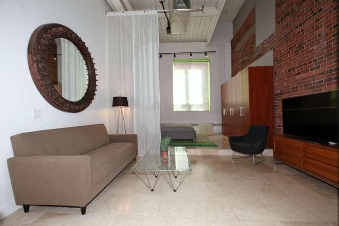 115326 Carlaw Ave Toronto ON-small-004-1-Living Room-666x444-72dpi.jpg