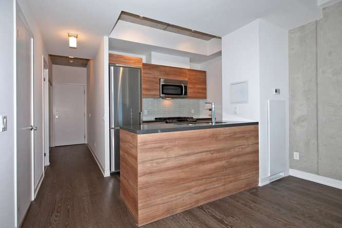 1201 Dundas Street E Unit 501-small-010-14-KitchenBreakfast Bar-666x444-72dpi.jpg