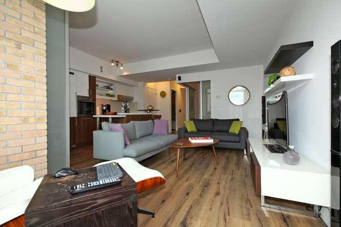 39 Sherbourne 302 Toronto ON-small-006-18-Main Living Area-666x444-72dpi.jpg