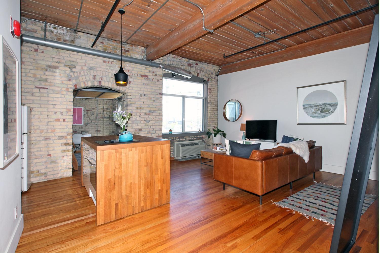 24 Noble Street Penthouse Unit-large-014-21-Main Living Area-1500x1000-72dpi.jpg