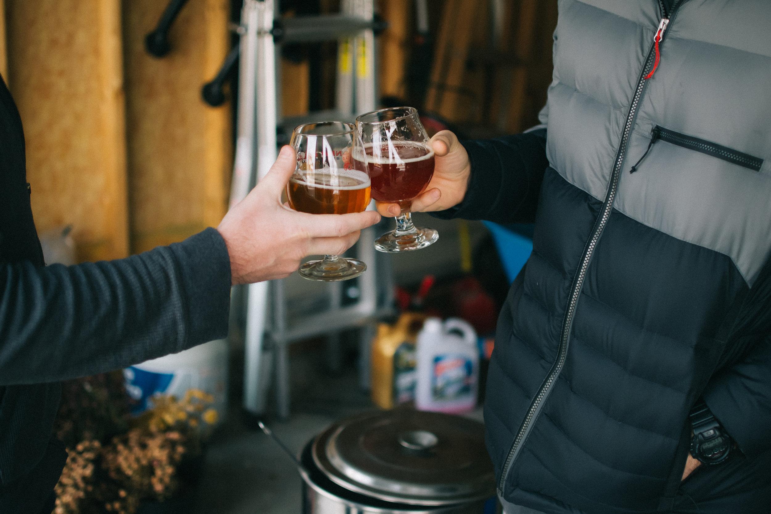 Homebrewing-Matt-Sampson-Photography-Illinois-Cheers.jpg