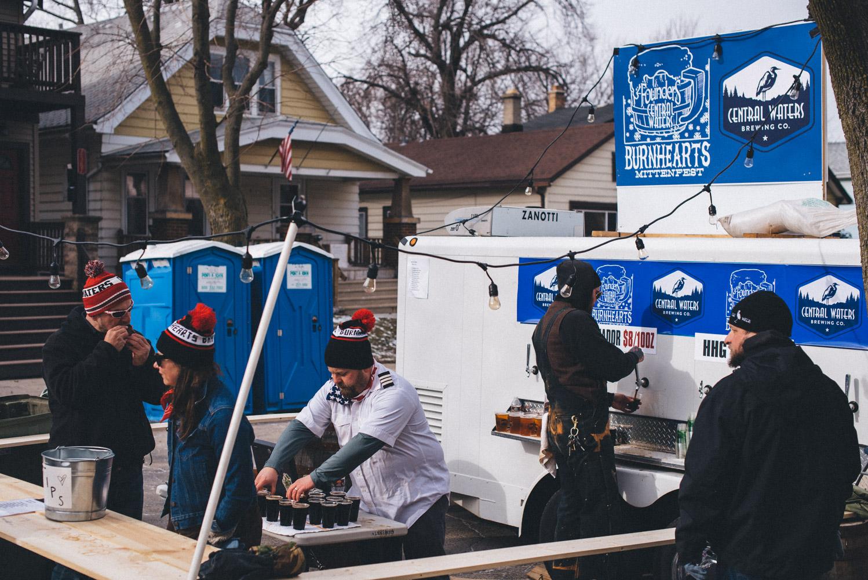 Burnhearts-Mitten-Fest-Milwaukee-Wisconsin-Matt-Sampson-Photography-1.jpg