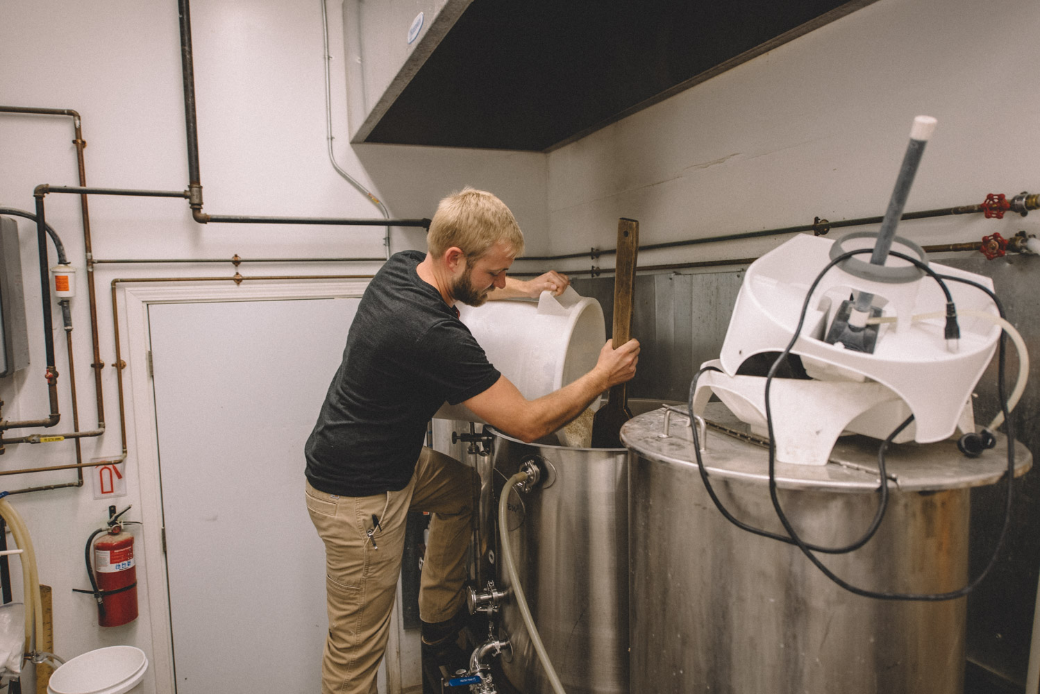 Scratch-Brewing-Co-Foraging-Carbondale-Ava-Illinois-Good-Beer-Hunting-Matt-Sampson-Photography_740.jpg