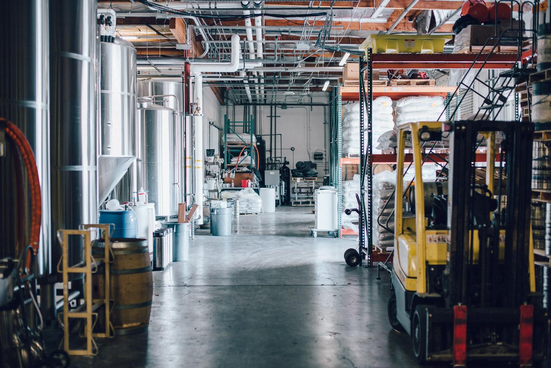 Societe-Brewing-Co-San-Diego-California-Good-Beer-Hunting-Matt-Sampson-Photography-Scenes_4.jpg