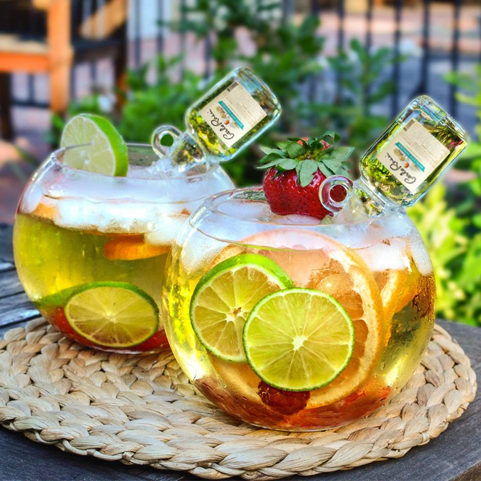 Yes, we want to make this gorgeous Rossi Moscato Sangria drink too. For now, we can only dream about these mini jugs!
