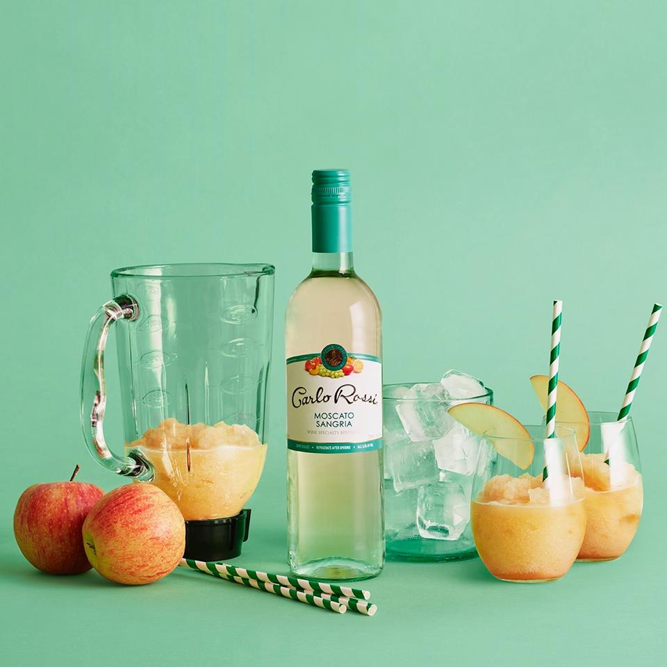 It's officially fall! Learn how to make autumn slushies using Carlo Rossi Moscato Sangria, ice cubes and apples. Ready? Set. Holidays!    http://www.carlorossi.com/node/88