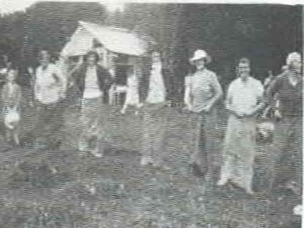 Settlers' Picnic - Married ladies sack race at the annual Oropi Settlers picnic in 1934, held in Kensington's paddock.From left: Mrs 0. Oxnam, Mrs J. Parkinson, Mrs J. McKenzie, Mrs K. Forsyth, Mrs Head, and Mrs J. McDonald. Child is Aileen Seales with Laure Thistlethwaite in background.