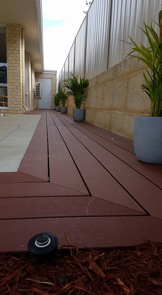 composite deck to complete the side acess and alfresco of their property3.jpg