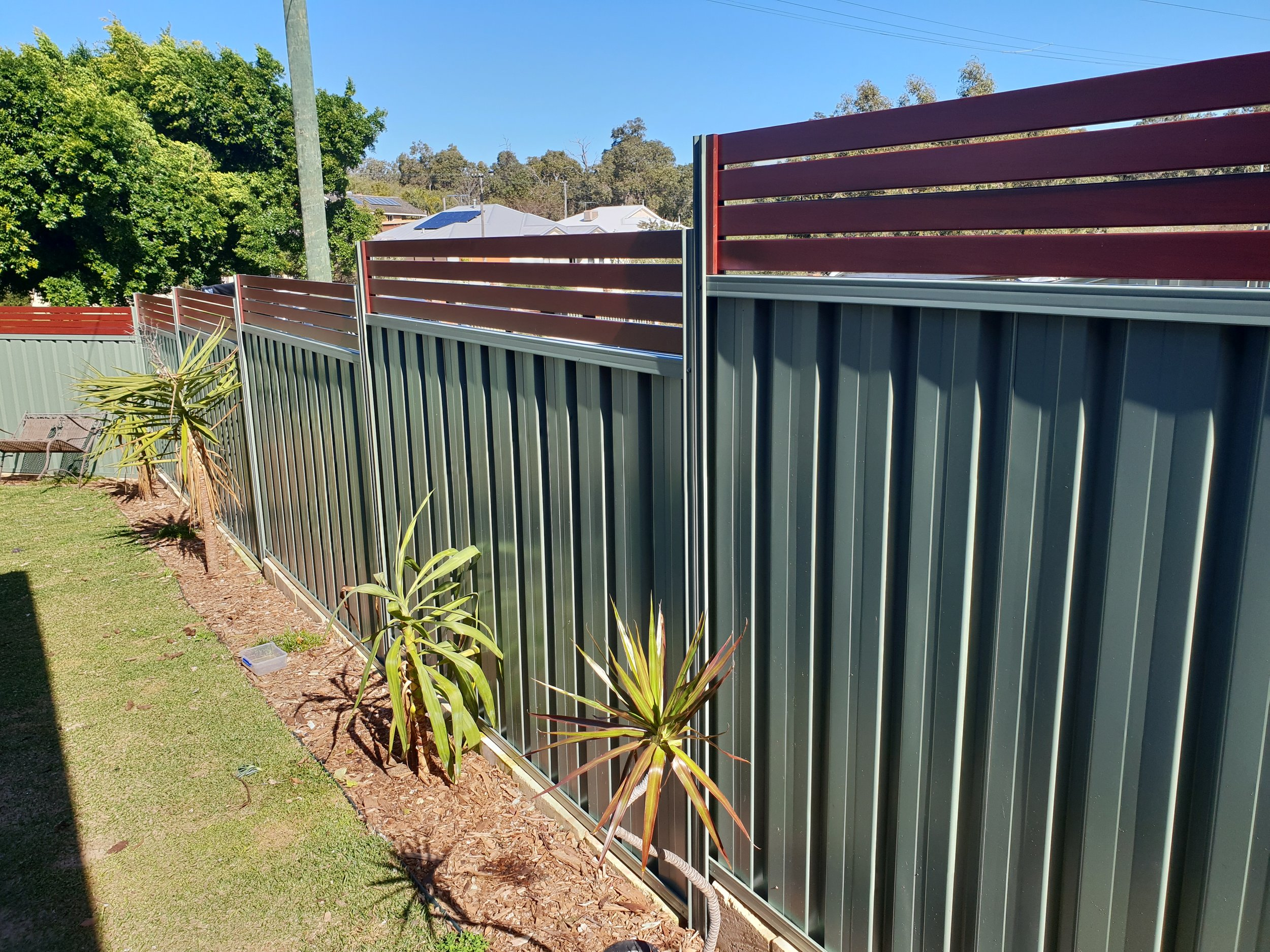 Wilderness Green, Step down with Jarrah Slats