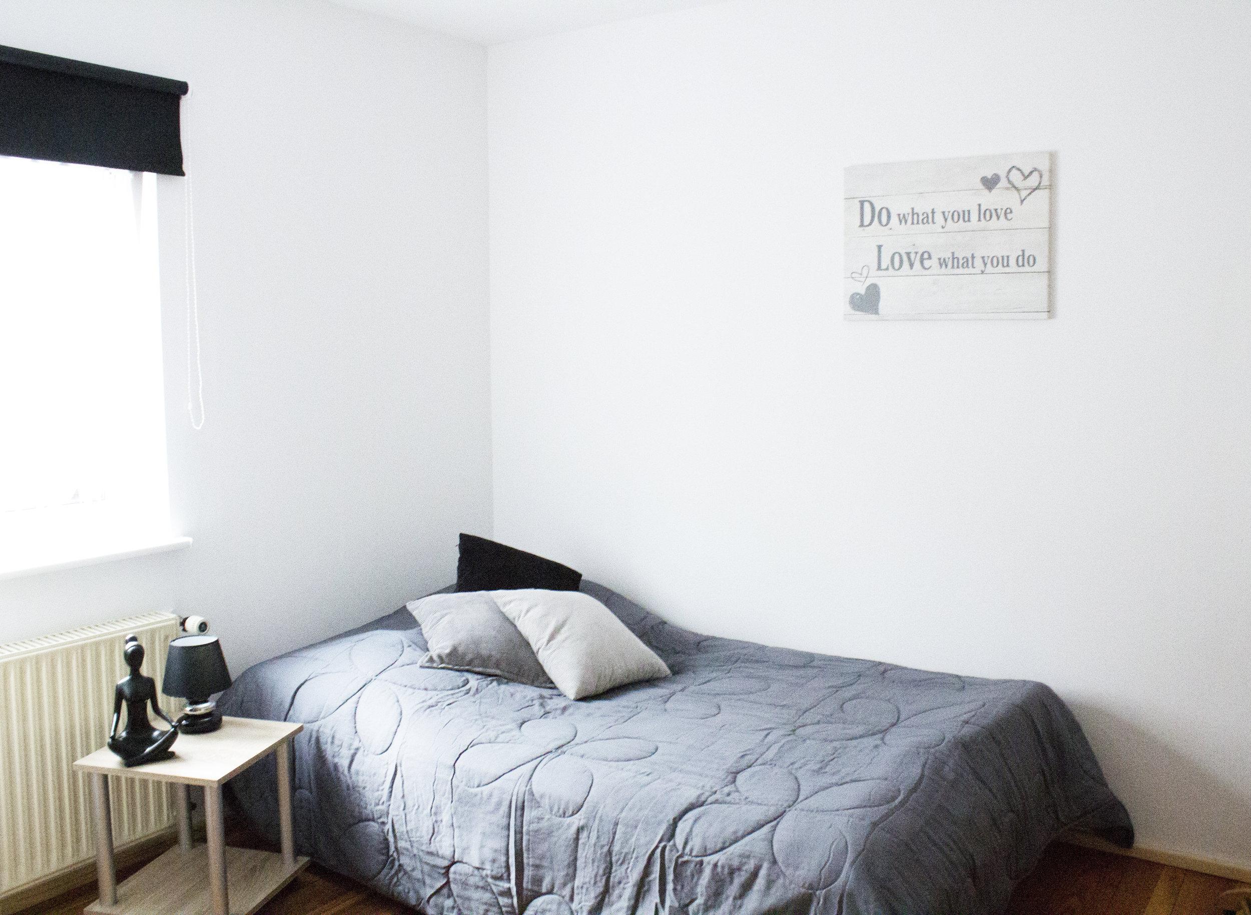 heller schlafzimmer 4.jpg